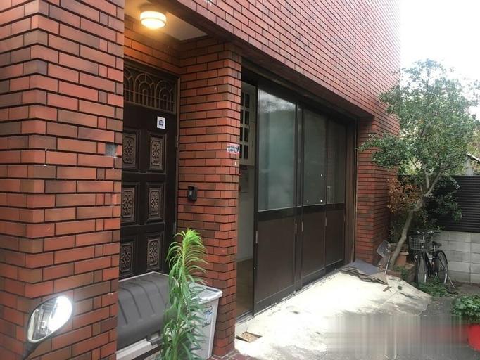 Tsuruhashi UmeHouse, Osaka