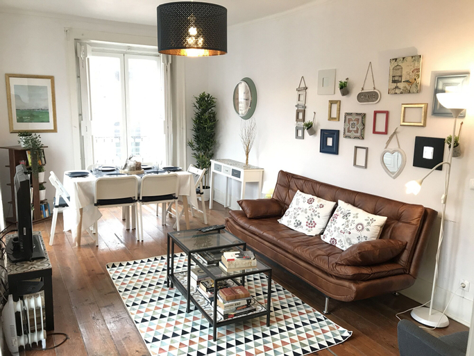 Spacious charming flat - heart of Lisbon, Lisboa