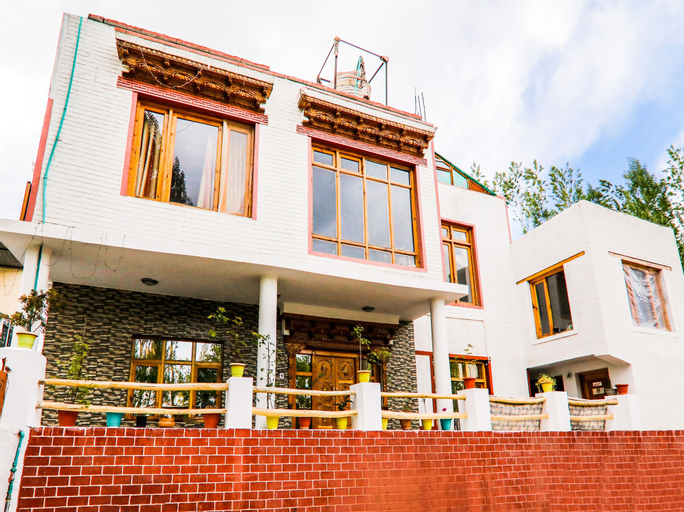 OYO 14359 The Mir Villa, Leh (Ladakh)