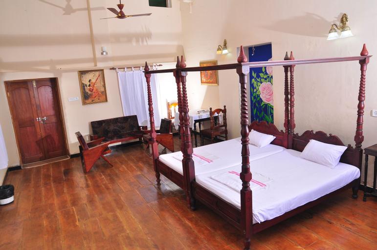 Tom's Old Mansion, Ernakulam