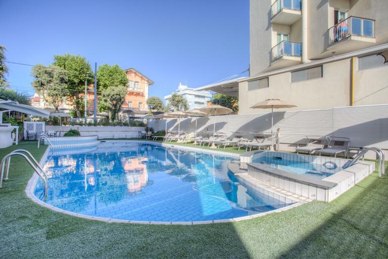Ferretti Beach Hotel, Rimini