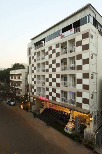 High Sky Blue Ridge, Pune