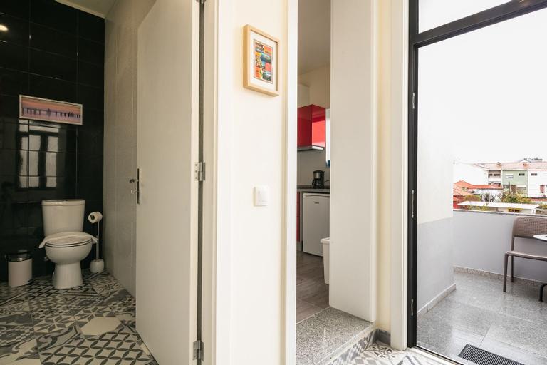 Apartamento A Francos Artist Painting 1, Porto