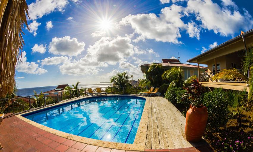 Caribbean Club Bonaire,