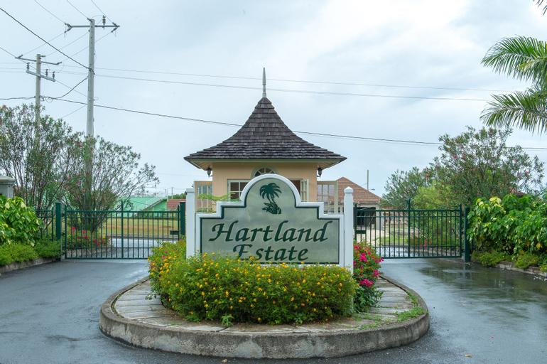 Hartland Breeze,