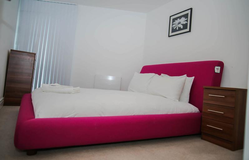 Executive 2 Bed Apartment, London
