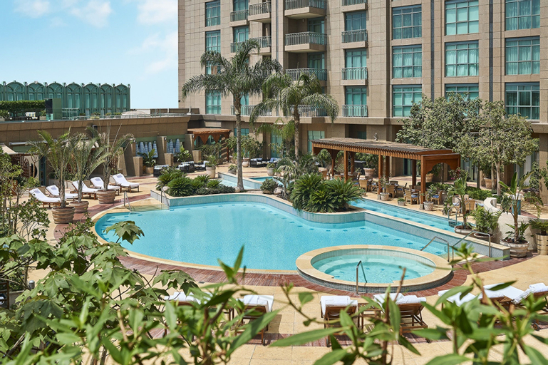 Four Seasons Hotel Cairo at Nile Plaza, Qasr an-Nil