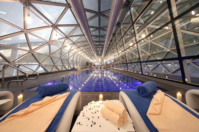 Oryx Airport Hotel,
