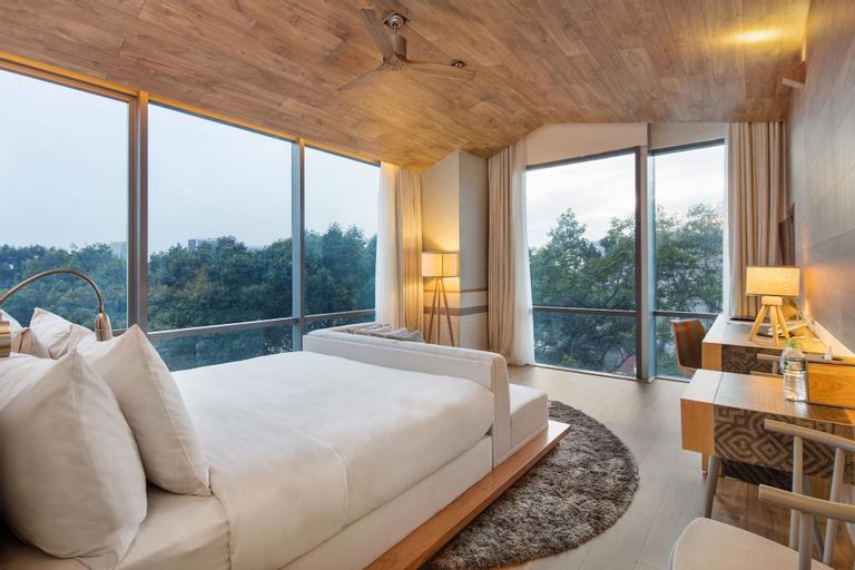 Fusion Suites Saigon, Quận 1