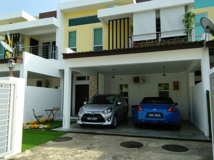 Co. Living Suite, Gadong