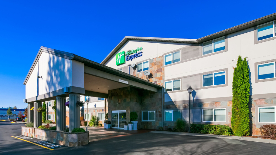 Holiday Inn Express & Suites Everett, Snohomish