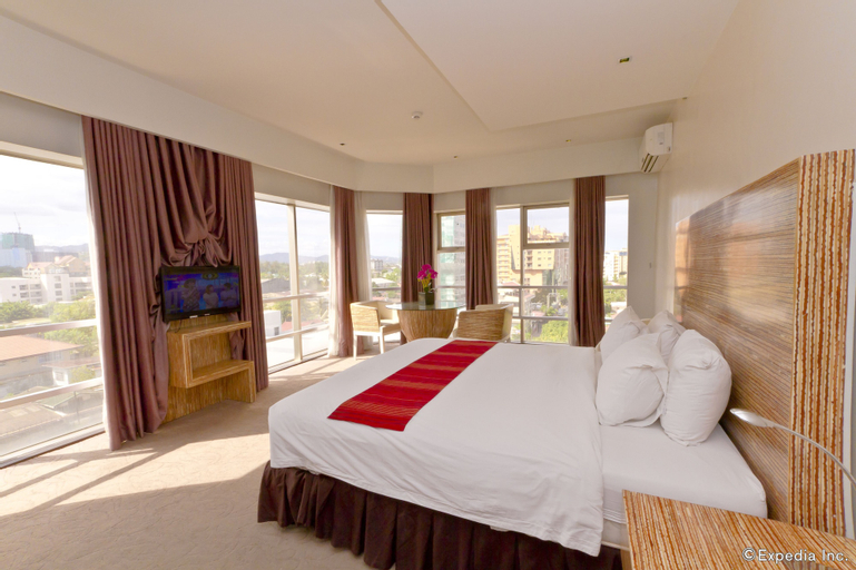 Castle Peak Hotel, Cebu City
