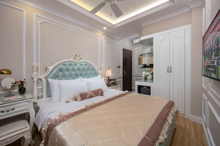 Royal Holiday Hanoi Hotel, Hoàn Kiếm