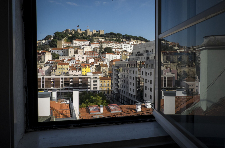 Castle View at Lisbon Heart + Free Pick-Up Apartment, By TimeCooler, Lisboa