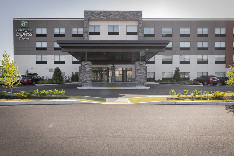 Holiday Inn Express And Suites Boston South - Randolph, an IHG Hotel, Norfolk