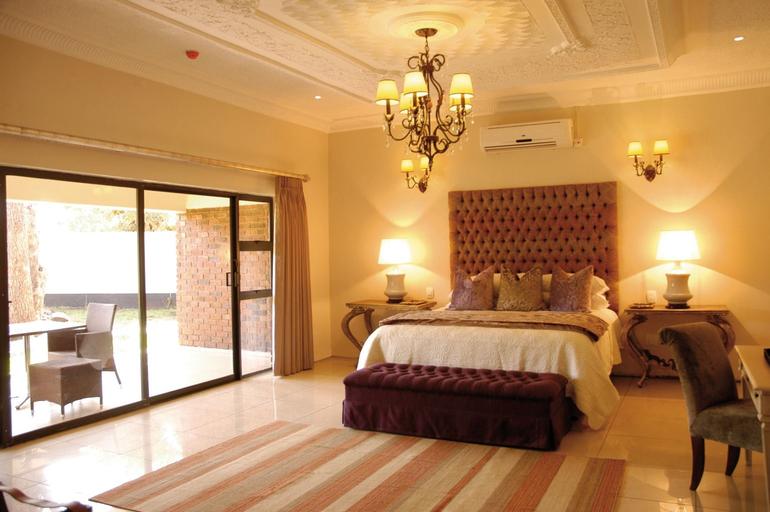 The Victoria Falls Deluxe Suites, Hwange