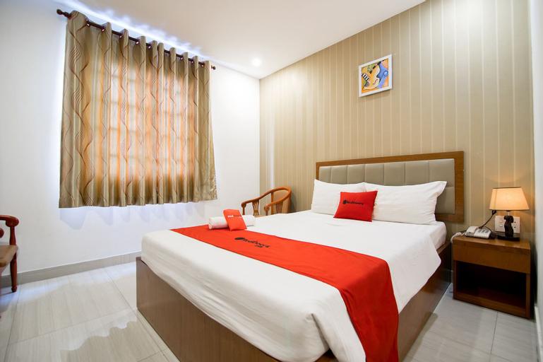 RedDoorz Plus @ Trung Son Residence, Bình Chánh