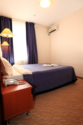 Tengri Hotel, Makhambetskiy