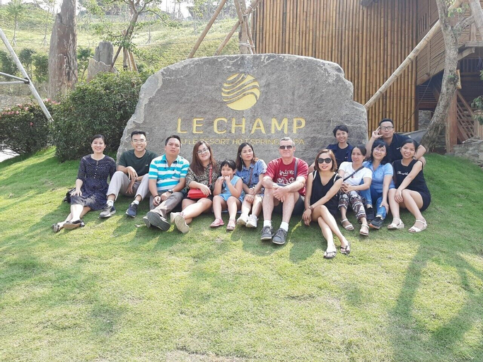 Le Champ Tu Le Resort, Văn Chấn