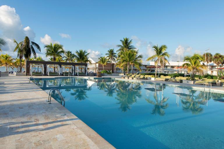 Viva Wyndham Fortuna Beach Resort - All Inclusive,