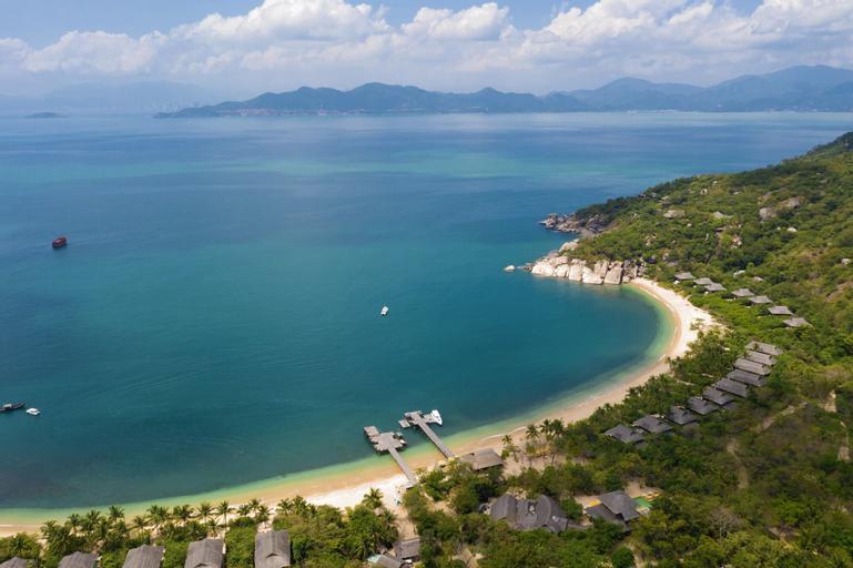 Six Senses Ninh Van Bay, Ninh Hòa