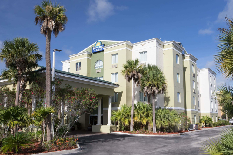 Days Inn & Suites by Wyndham Fort Pierce I-95, Saint Lucie