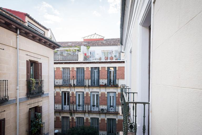 Hostal Carracedo, Madrid