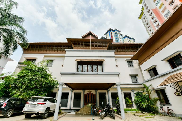 OYO 23587 M-star Heritage Hotel P Ltd, Ernakulam