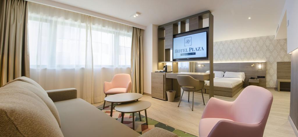 Hotel Plaza,