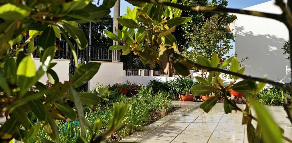 Nazaré with Garden and Barbecue, Nazaré