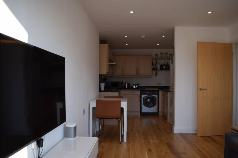 1 Bedroom Flat Next to Greenwich Station, London