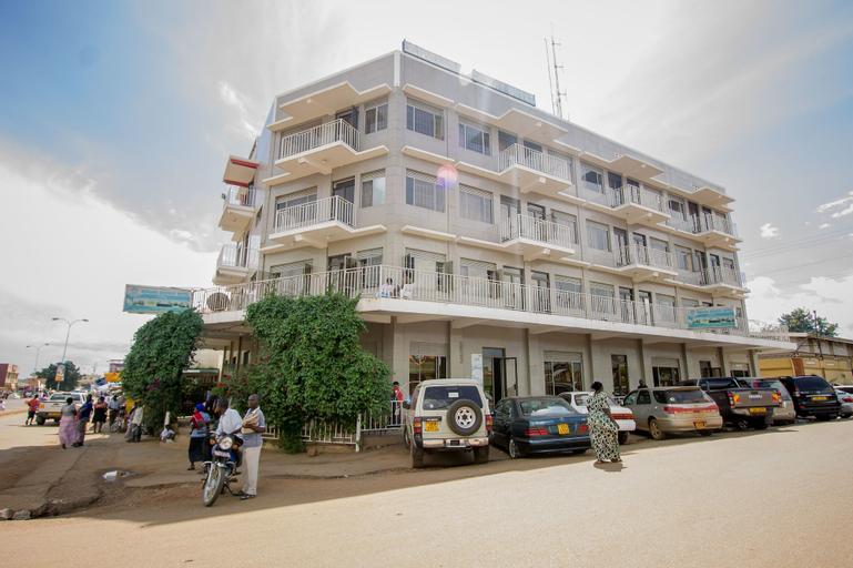 Mwana Highway Hotel Iganga, Kigulu