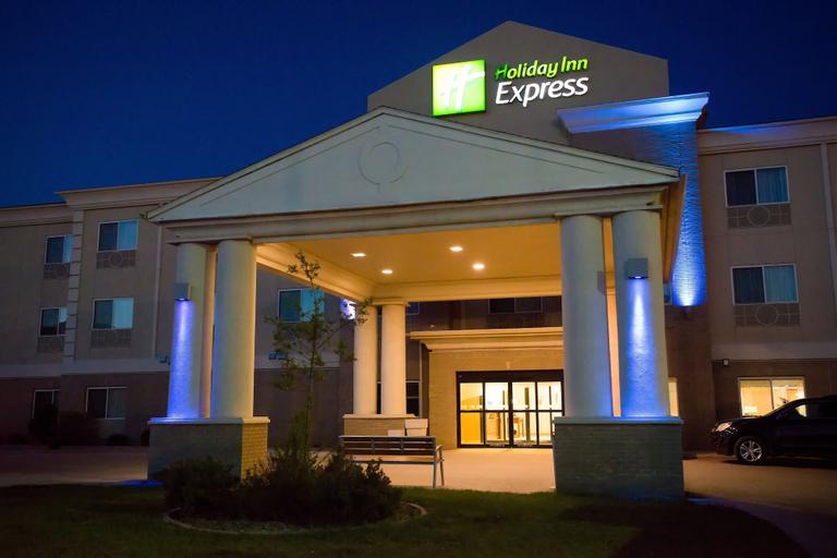 Holiday Inn Express Devils Lake, Ramsey
