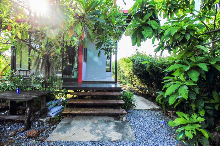 OYO 414 Plernsalaya Resort, Phuttha Mon Thon