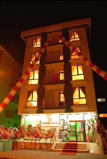 Remay Hotel, Merkez