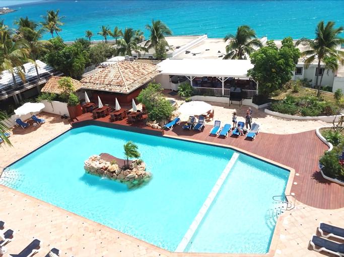 Sapphire Beach Club Resort,