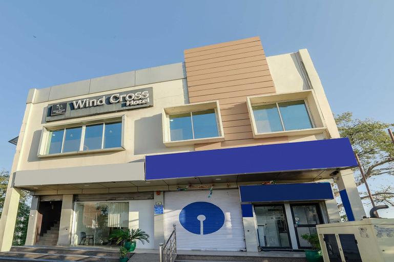 OYO 24594 Wind Cross, Panchkula