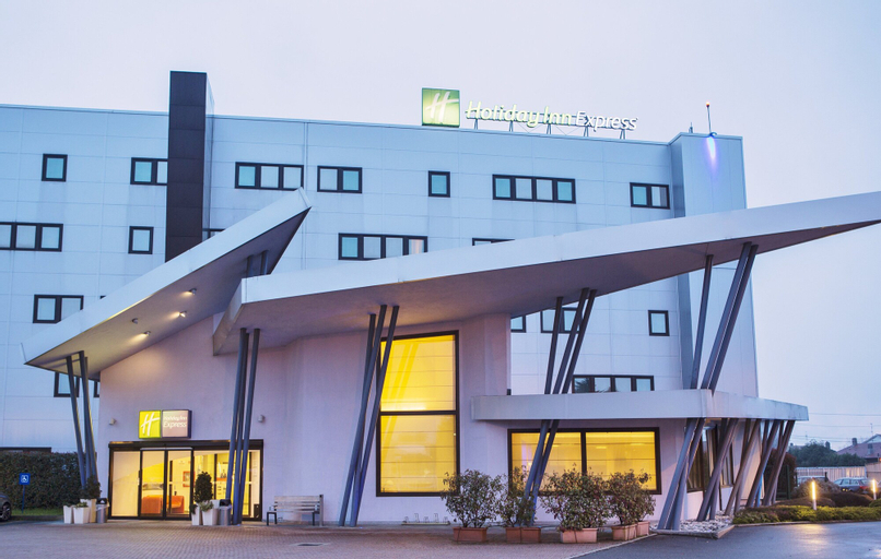 Holiday Inn Express Milan-Malpensa Airport, Varese
