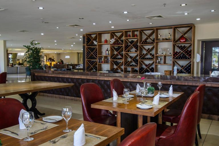 Awa Resort Hotel, Encarnación