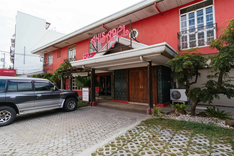 RedDoorz Plus near Abreeza Mall Davao, Davao City