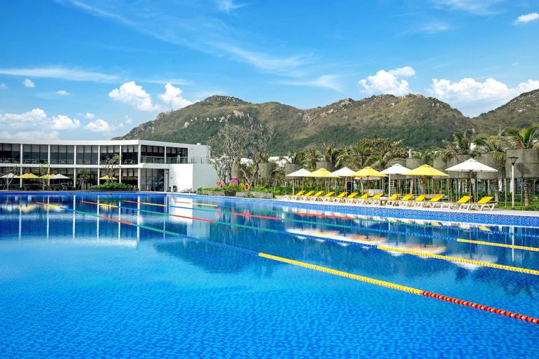 Oceanami Villas & Beach Club, Long Điền