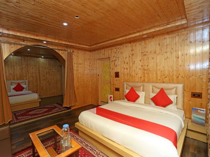 OYO 18391 Hotel Royalton, Anantnag