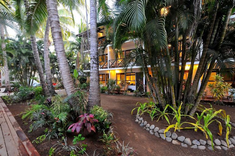 Oasis Palms Hotel, Ba