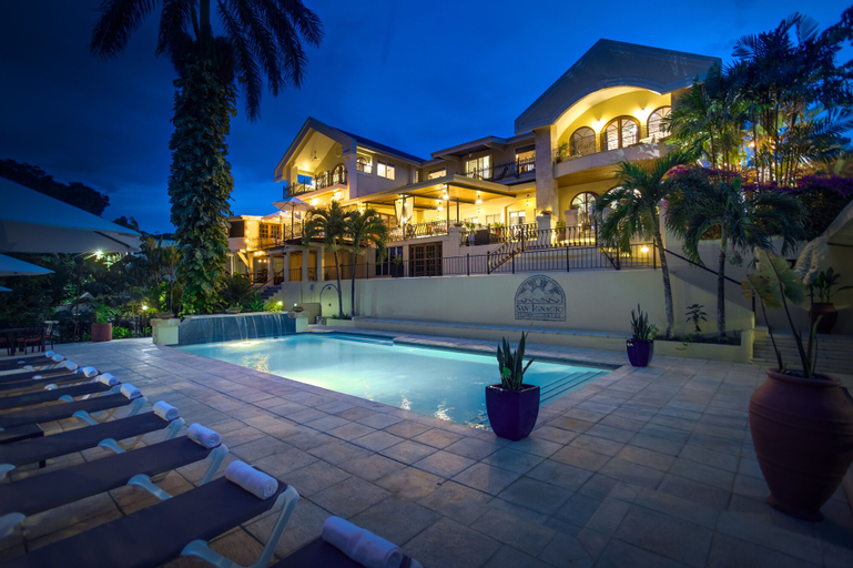 San Ignacio Resort Hotel,