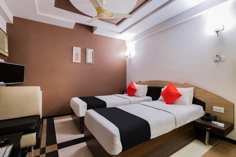 OYO 978 Marshall The Hotel, Ahmadabad