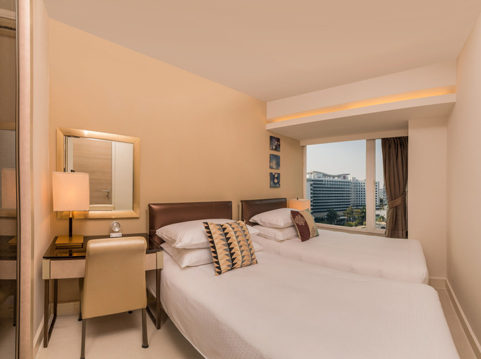 Kowloon Harbourfront Hotel, Yau Tsim Mong