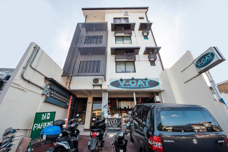 Oyo 490 V-Cat Apartelle, Quezon City