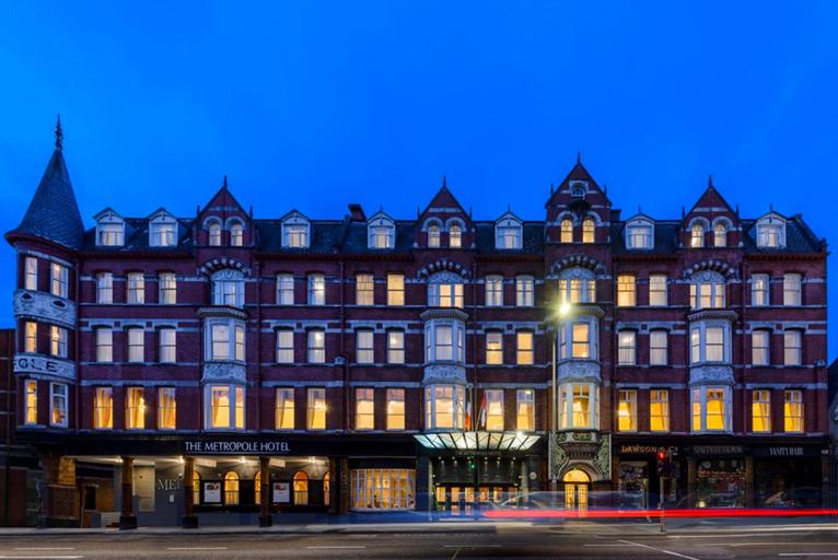 The Metropole Hotel,