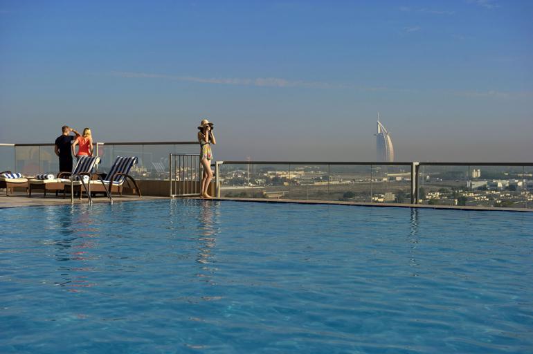Two Seasons Hotel & Apartments,