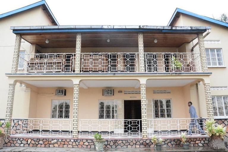 Rwenzori International Hotel, Busongora